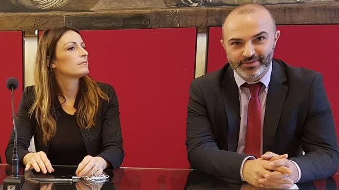 Lucia Borgonzoni (Lega) e Massimo Bugani (M5S)