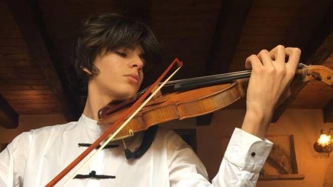 Il violinista Martino Colombo