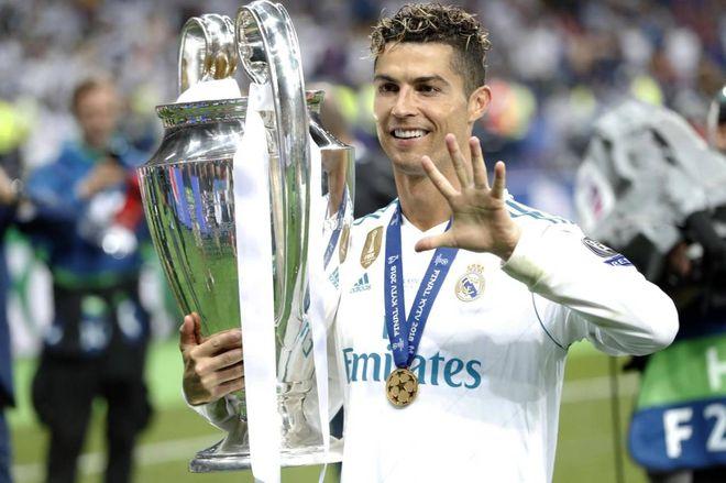 453e2783d6 Cristiano Ronaldo-Juve, oggi può arrivare la firma - Sport - Calcio ...