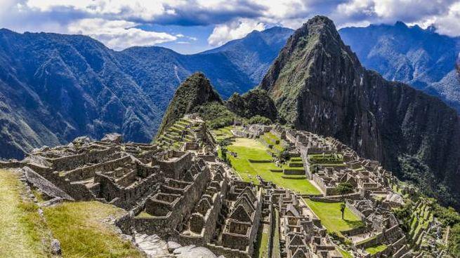 I treni per Machu Picchu offrono anche servizi di lusso - Foto: DestinoIkigai/iStock