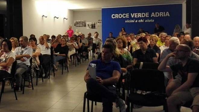 L'incontro Nella sala delle associazioni tanti cittadini