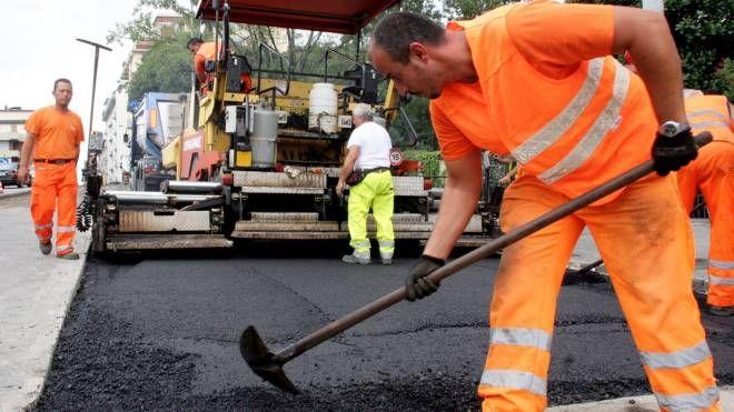 Lavori di asfaltatura