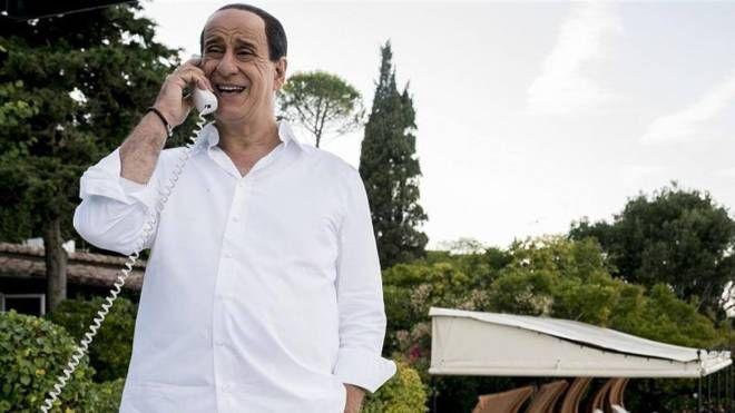 Toni Servillo in una delle scene di Loro 2,  che narra le vicende professionali, politiche e private di  Berlusconi