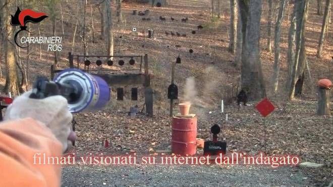 Uno dei filmati visti su internet da Agim Miftarov (Ansa)