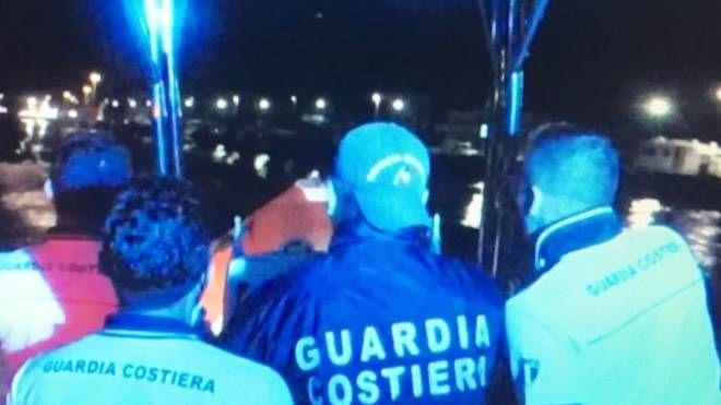 La guardia costiera in azione