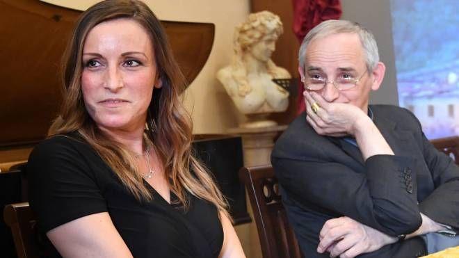 Lucia Borgonzoni e Monsignor Zuppi all'incontro sui migranti (Fotoschicchi)