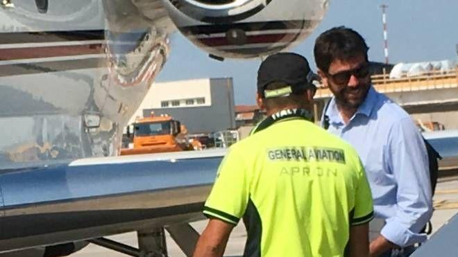 Il presidente bianconero ha noleggiato a Pisa l'aerotaxi  per la Grecia