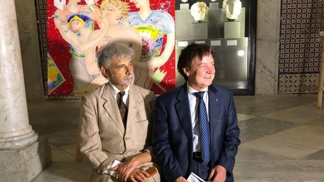 Luca Alinari col console Gualserio Zamperini