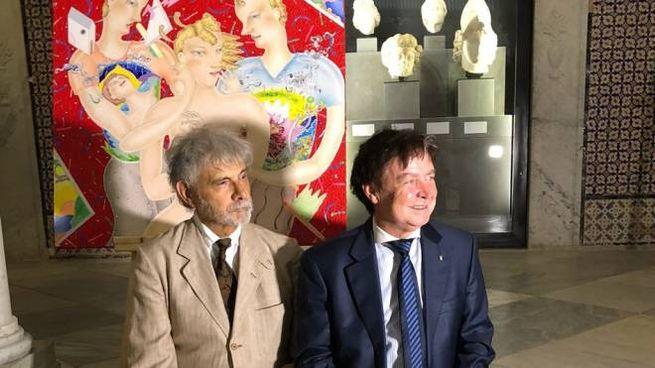Luca Alinari (a sinistra) con il console Gualserio Zamperini