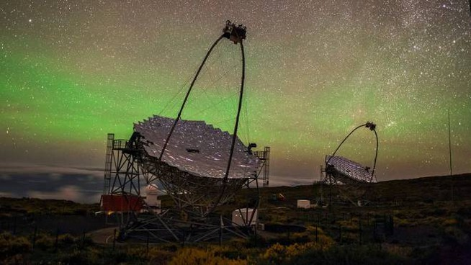 Il potentissimo telescopio Magic utilizzato per l'operazione
