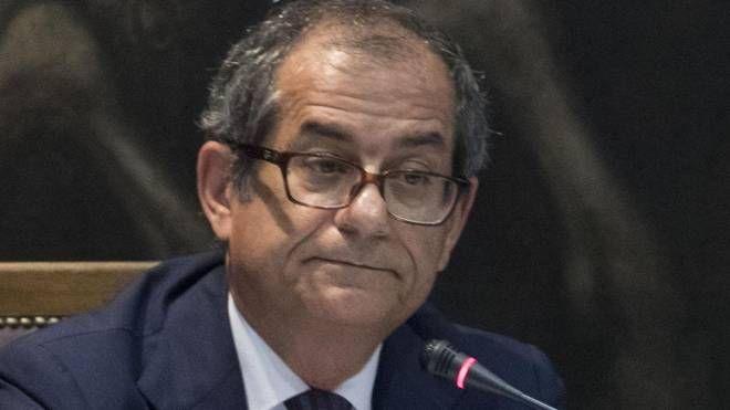 Il ministro dell'Economia Giovanni Tria (Ansa)