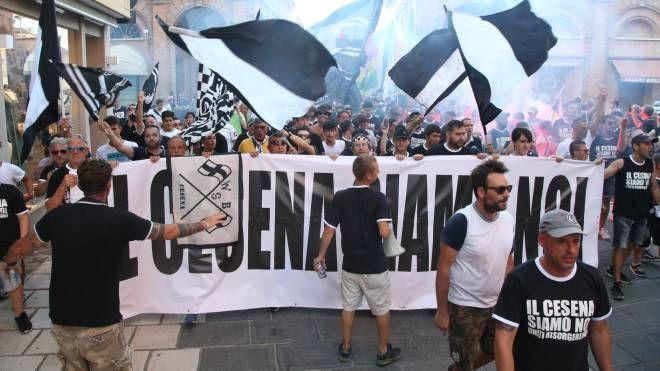 Tifosi del Cesena in manifestazione