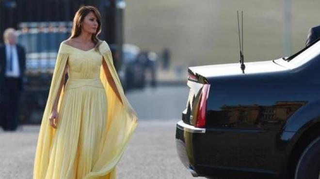 Melania Trump in giallo (Ansa)