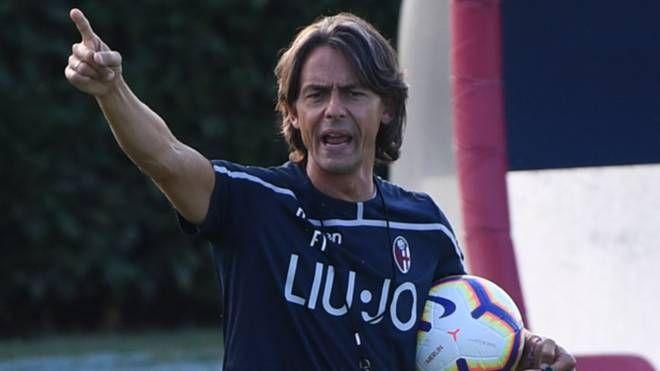 Pippo Inzaghi indica la via al Bologna (Schicchi)
