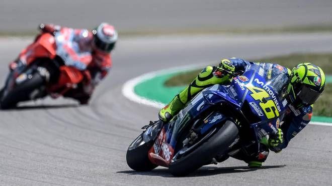 Motogp, Valentino Rossi e Jorge Lorenzo (Ansa)