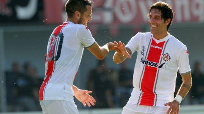 La squadra grigiorossa guarda al primo impegno ufficiale della nuova stagione con il Pisa