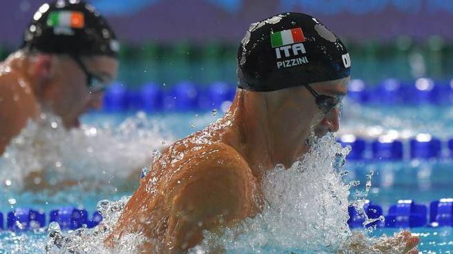 Fabio Scozzoli in acqua a Glasgow
