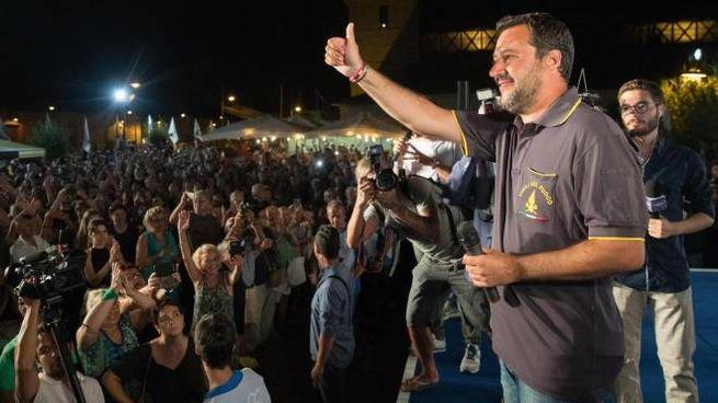 Matteo Salvini alla festa della Lega a Cervia (Ansa)