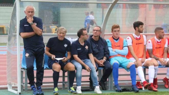 Mister Mandorlini pensa ad iniziare bene il cammino della Cremonese in Campionato