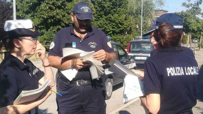 I vigili urbani avvertono i cittadini delle operazioni di disinfestazione