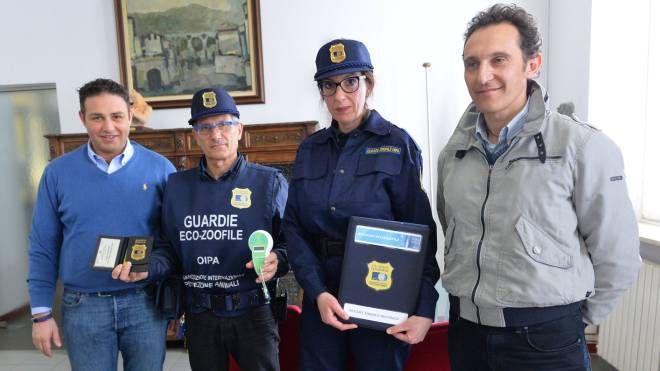 La presentazione della convenzione tra Comune e Oipa per i controlli sul territorio che sono svolti dalle guardie ecozoofile volontarie