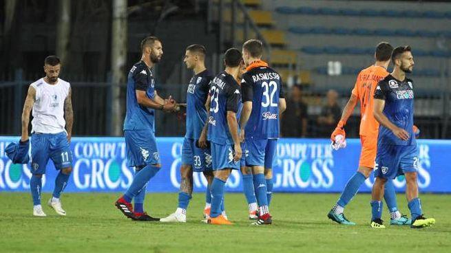 Delusione degli azzurri dopo la sconfitta contro il Cittadella (Foto Germogli)