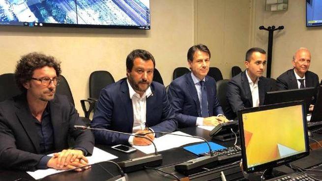 Ponte Morandi Genvoa, il consiglio dei ministri straordinario (Ansa)