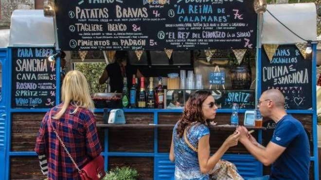 'Eatinero - Festival del cibo di strada itinerante'