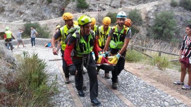 Torrente Raganello, i soccorsi traggono in salvo un escursionista (Ansa)