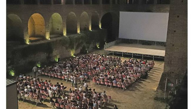 Il pubblico del cinema alla Rocca