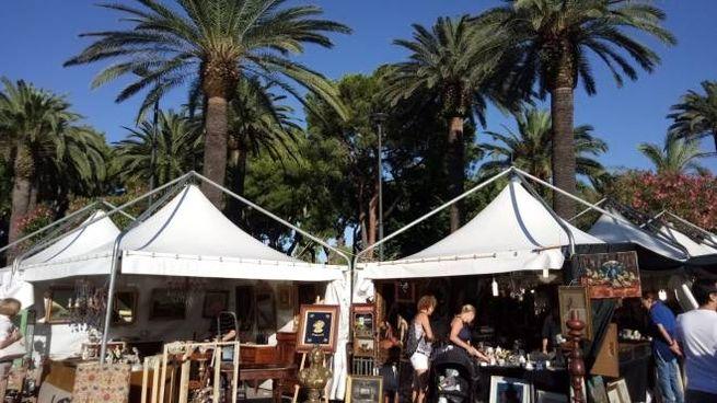 """""""L'antico e le Palme"""", mercatino a San Bendetto dal 25 al 27 agosto"""