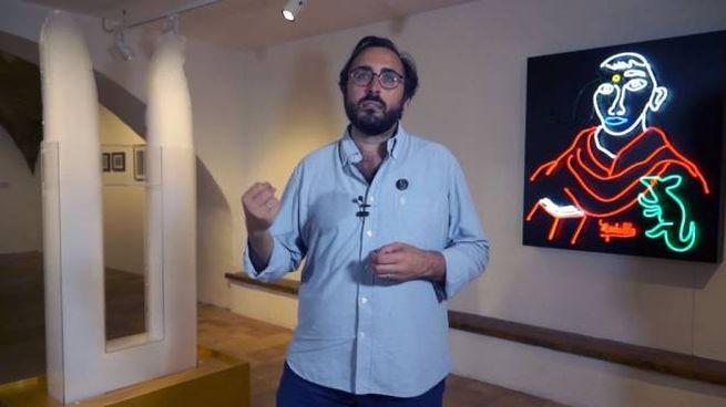 Lorenzo Bruni tra le opere di Medalla a Fano
