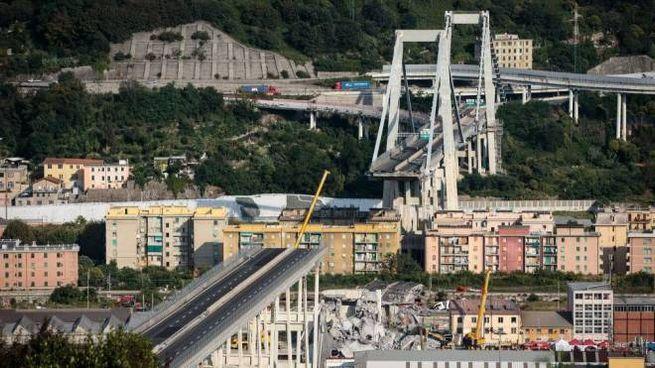 Genova, il ponte Morandi crollato