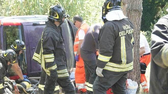 L'incidente a Porto Sant'Elpidio (foto Zeppilli)