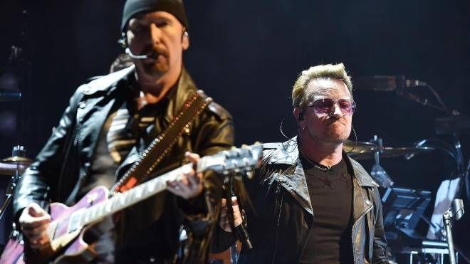 Gli U2 in concerto (foto Ansa)