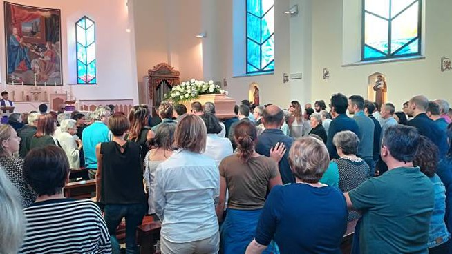 Il funerale a Urbino di Ivan Pierelli