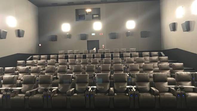 Dimensioni Poltrone Cinema.La Multisala Uci Cinemas Di Campi Bisenzio Cambia Look All