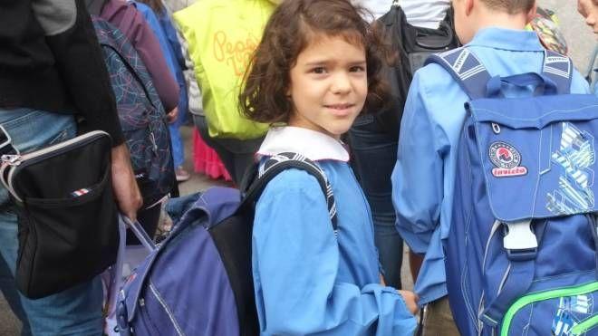 Una bambina in prima elementare (foto di repertorio)