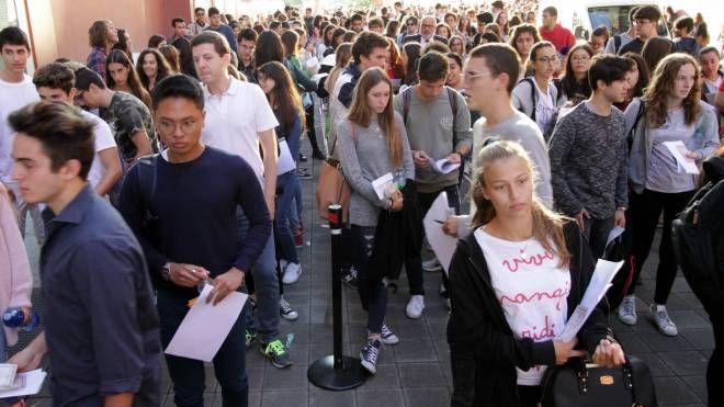 Studenti al test di Medicina (Newpresse)