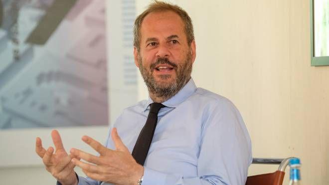 ESPERTO Mario Cucinella, celebre architetto che ha scelto la Bolognina come sede del suo studio