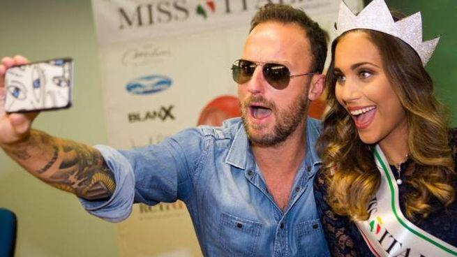 Rachele Risaliti con Francesco Facchinetti (Ansa)