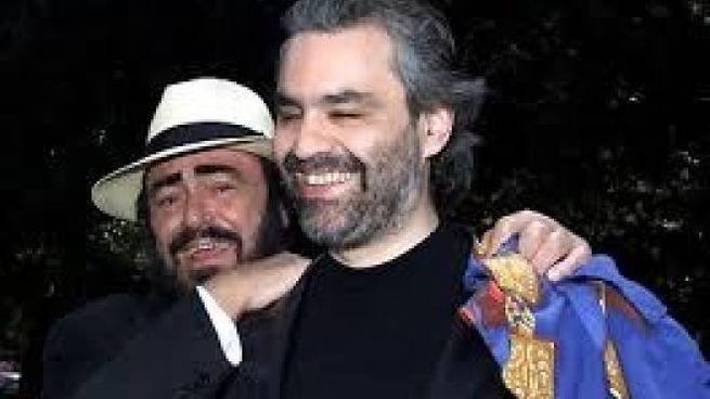 Luciano Pavarotti con Andrea Bocelli