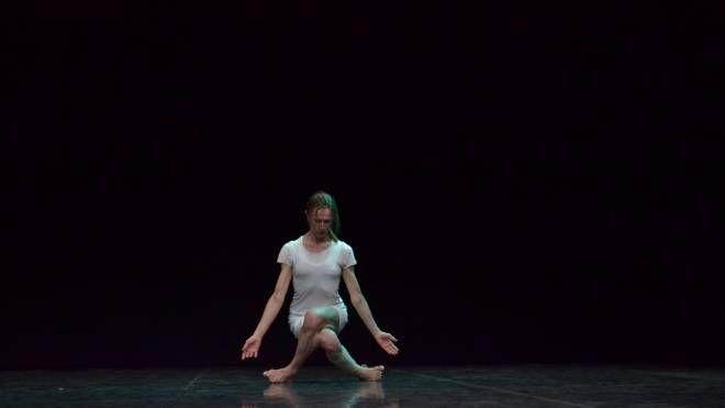 Simona Bertozzi interpreta Solo di Prometeo