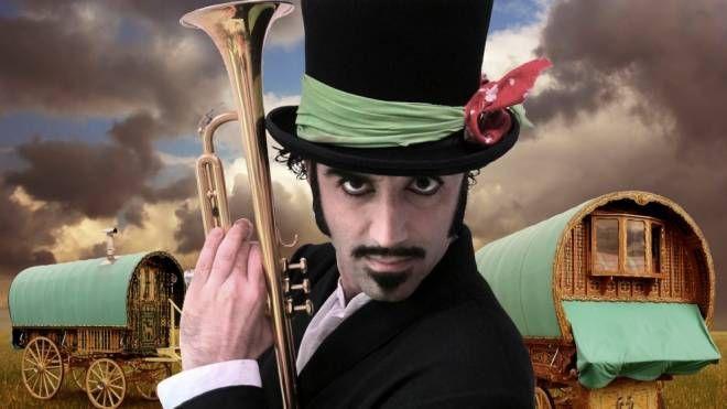 Eusebio Martinelli suonerà con la Gipsy Orkestar