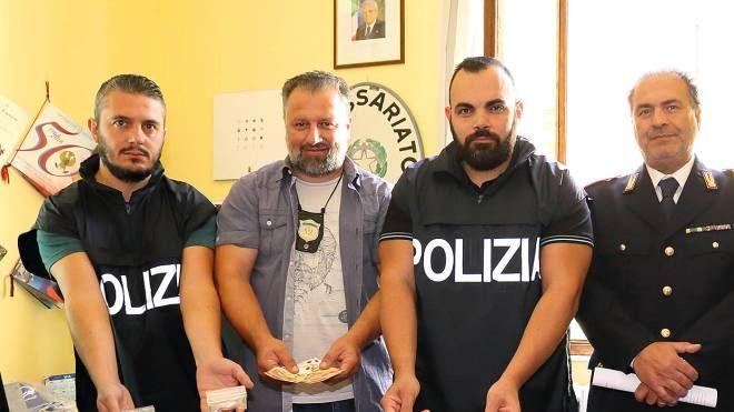 Gli agenti del commissariato hanno arrestato un altro pusher