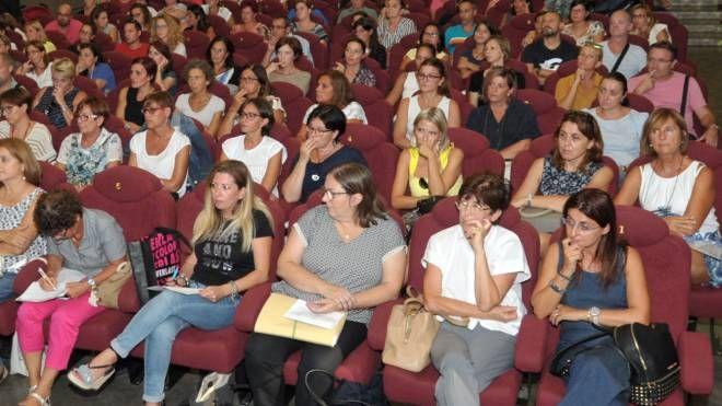 La partecipatissima assemblea che ha visto molti genitori intervenire