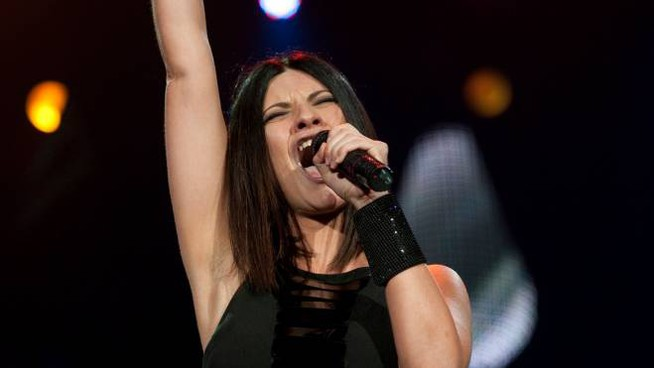 Laura Pausini (LivePict.com [CC BY-SA 3.0 (https://creativecommons.org/licenses/by-sa/3.0)