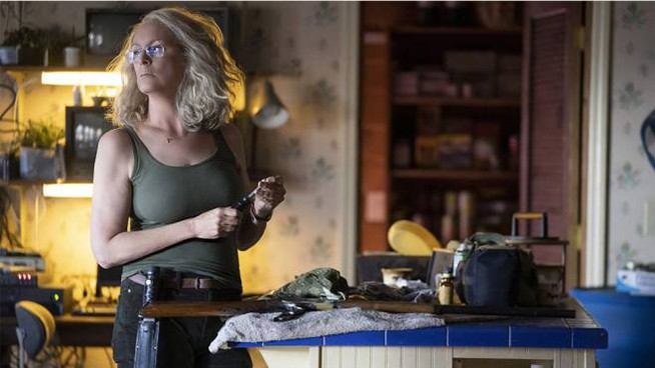 Jamie Lee Curtis in una scena del nuovo 'Halloween' – Foto: Ryan Green/Universal Pictures