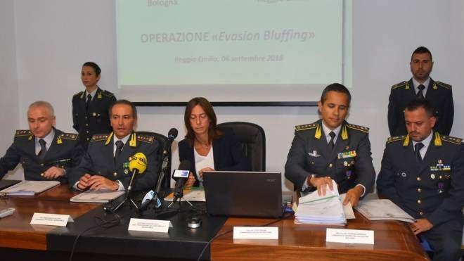 La presentazione dell'inchiesta della Finanza di Reggio Emilia