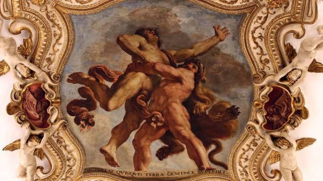 'L'Ercole e Anteo', dipinto sul soffitto a secco dal Guercino nel 1631